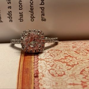 Gorgeous New 2ct Ring S925